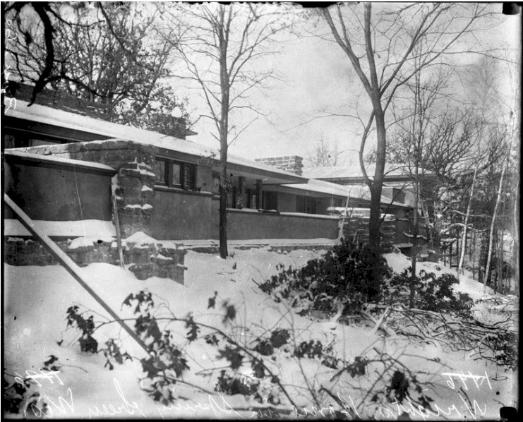 A photograph of Taliesin in winter, published in the Chicago Tribune
